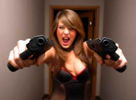 girl-with-guns