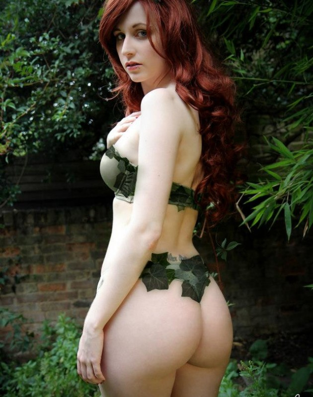 poison-ivy1-cosplay
