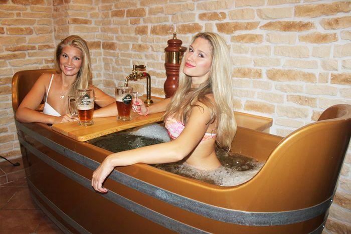 beer-bath-girl