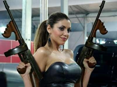 tommy-guns